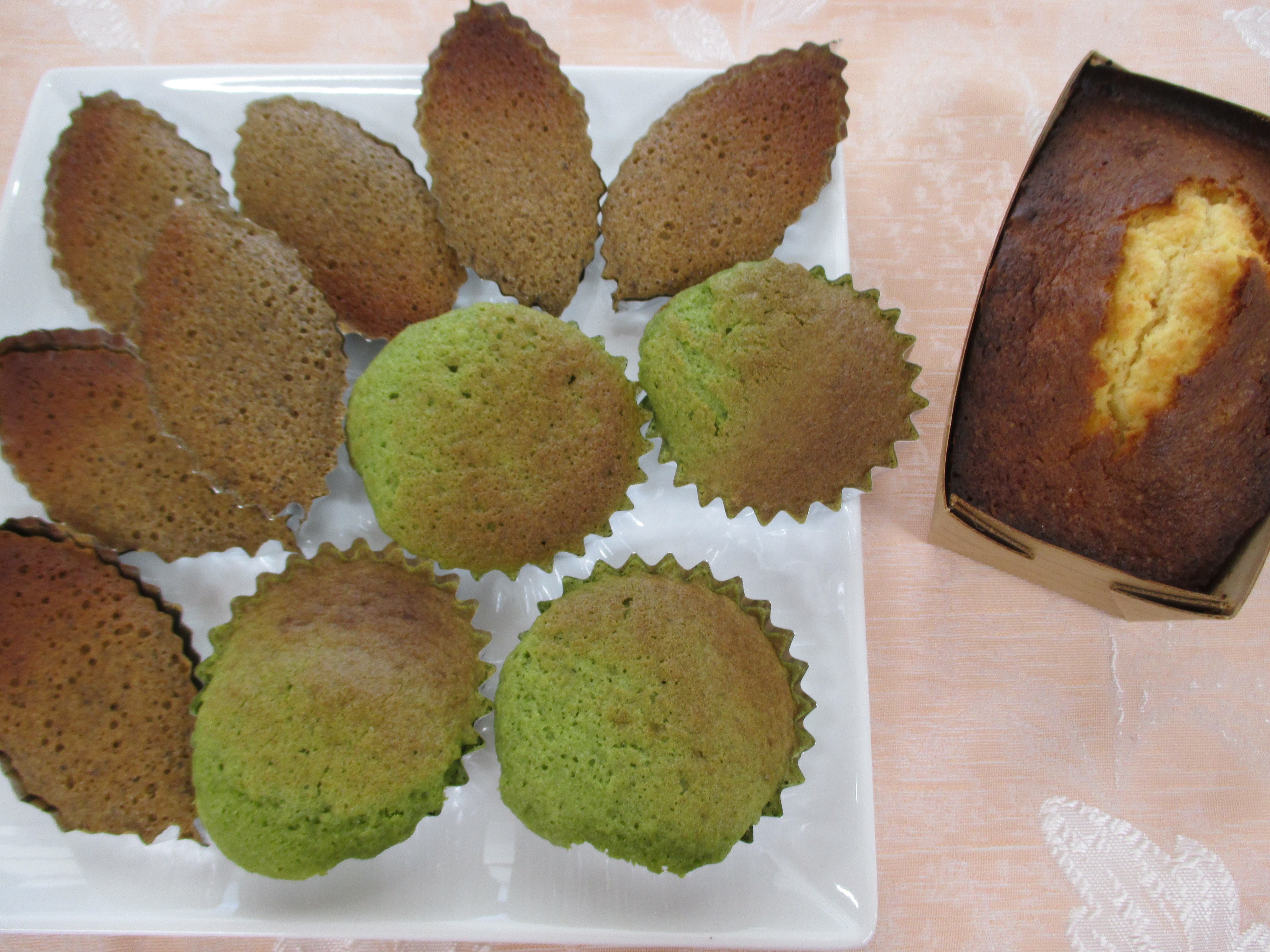 紅茶のフィナンシェ、抹茶マドレーヌ、オレンジケーキ