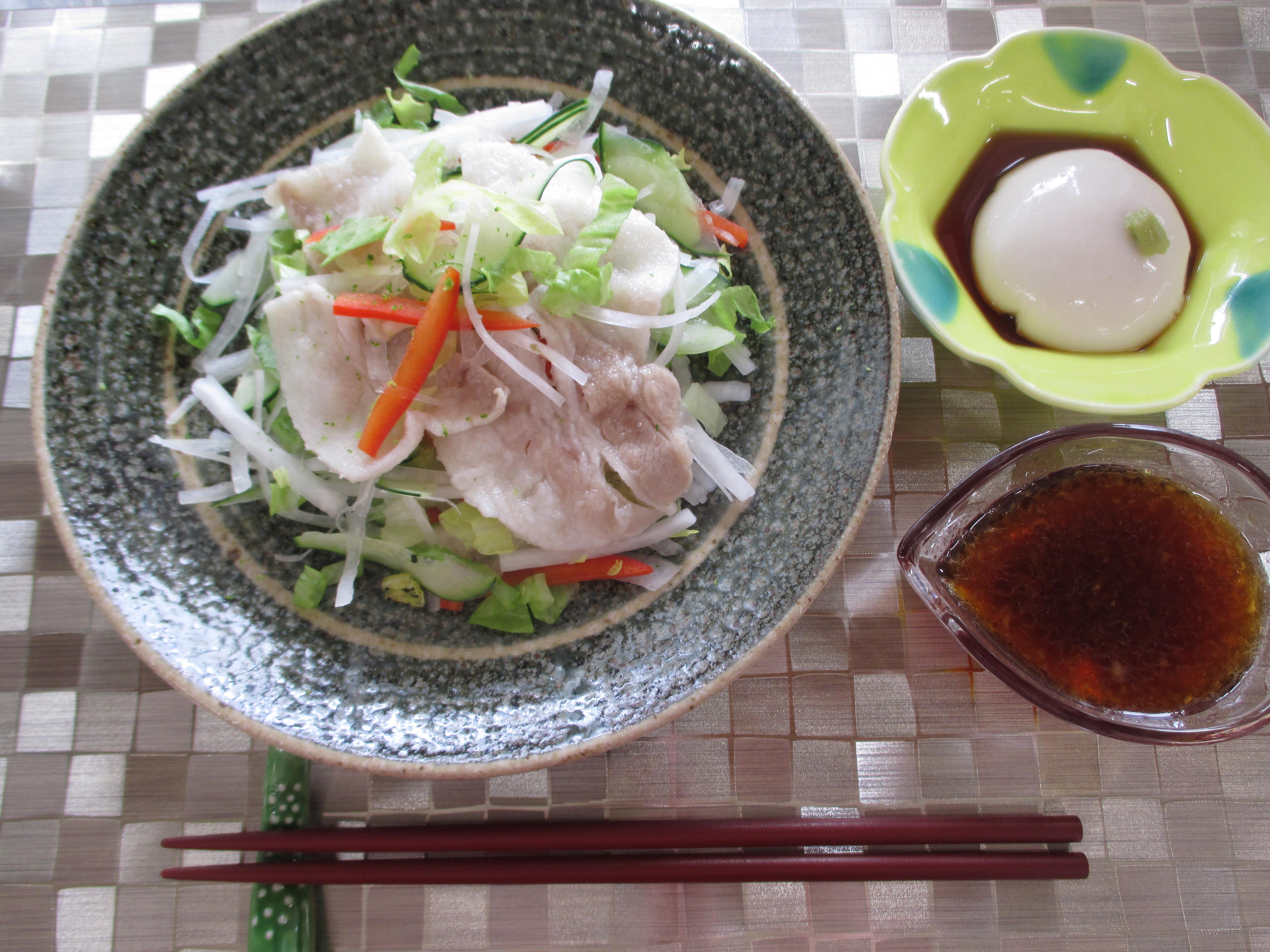 豚しゃぶサラダ、胡麻豆腐